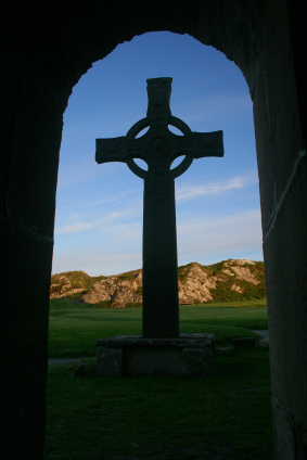 Jesus transform lives cross in Iona